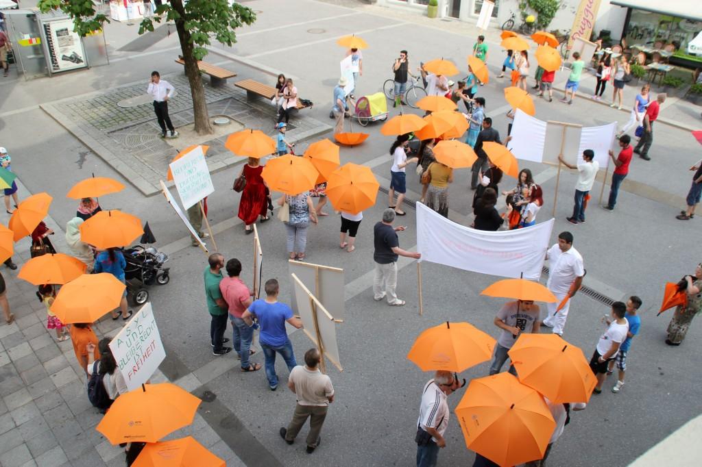 UmbrellaMarch2
